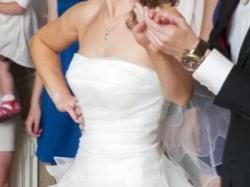 suknia ślubna krótka z przodu