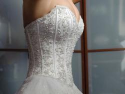 Suknia ślubna Lisa Ferrera DEMETRIOS 933 Swarovski