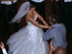 Suknia ślubna MANDY - ANNAIS BRIDAL z kolekcji LOVE 2012