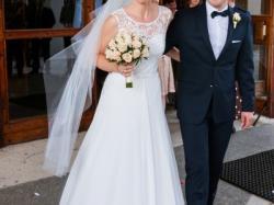suknia ślubna Manuela z trenem - szyk i elegancja
