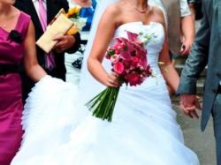 Suknia Ślubna Marabu (kolekcja 2010)
