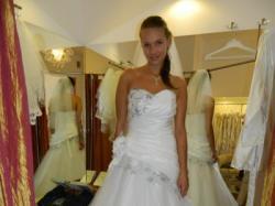 suknia ślubna marki MS Moda model Cornelia