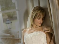 Suknia ślubna Miss Kelly - ASNA jasne złoto rozm.38