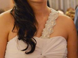 Suknia ślubna, może być ciązowa.