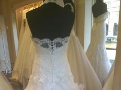 Suknia ślubna MS Moda + 2 welony + bolerko