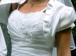 suknia ślubna na niską osobę