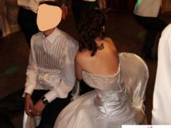 Suknia ślubna na wzór Allure Bridals