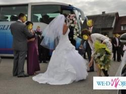 suknia ślubna, piękna i urzekająca