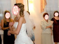 Suknia ślubna princessa z falbanami