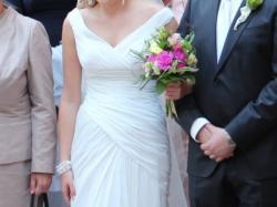 Suknia Ślubna PRONOVIAS ABACO + welon SWAROVSKI