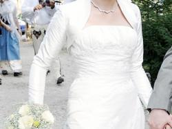 Suknia ślubna Pronovias Daifa + jedwabne bolerko gratis