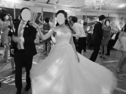 Suknia ślubna Pronovias La Sposa: MISTELA 2013