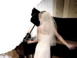 Suknia ślubna Pronovias model Himalaya