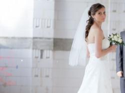 Suknia Ślubna, rozm. 36/38, tren, plus ramiączko, welon, bolerko