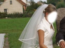 suknia ślubna rozm. 38 ecru