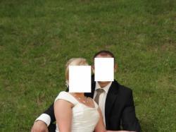 suknia ślubna rozm. 40-42, ecru, cena 500 zł.