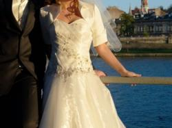 Suknia ślubna - rozmiar 36