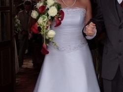 Suknia ślubna rozmiar 38/40 plus gratisy