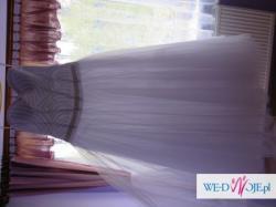 Suknia ślubna Sara na zamówienie OKAZJA Zdobiona i z Brokatem