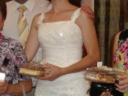 Suknia ślubna - śmietankowa r. 36