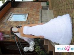 Suknia ślubna, śnieżnobiała, model SHANIA