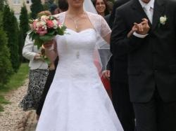 Suknia ślubna śnieżnobiała rozm. 36/38 firmy Margarett model Siracus