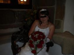 Suknia Ślubna , śnieżnobiała, tania i do tego dużo dodatków.