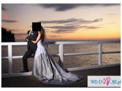 Suknia ślubna srebrzysta