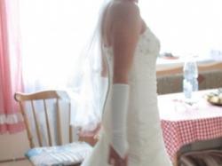 Suknia ślubna stan idealny (GRATIS: bolerko, rękawiczki, buty, welon)
