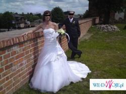 Suknia ślubna szyta na zmówienie