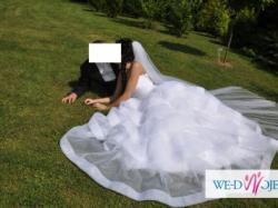 Suknia ślubna szyta z włoskich materiałów