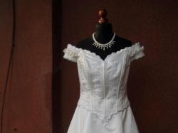 Suknia ślubna używana tania jednoczęściowa 44-46