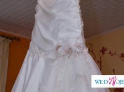 Suknia ślubna w kolorze ekri 40/42