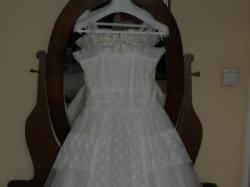 suknia slubna w kolorze jasnej śmietanki roz.40