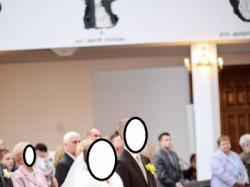 suknia ślubna w kolorze śnieżnej ecru,