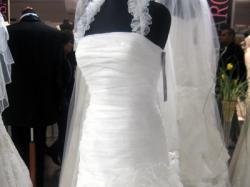 Suknia ślubna w stylu hiszpańskim, rozm 38.
