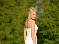 suknia slubna whire one model 242 z Madonny