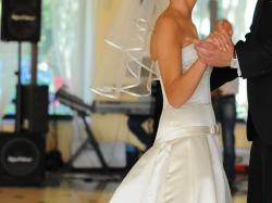 Suknia ślubna WHITE ONE Davida