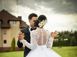suknia ślubna wzorowana na sukni Nicole Richie