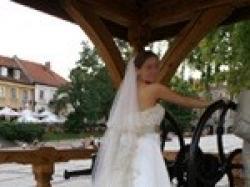 suknia ślubna z długim welonem, Kraków
