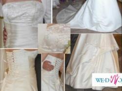 Suknia Ślubna z gorsetem i trenem