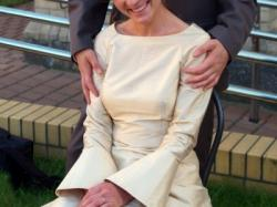 Suknia ślubna z jedwabiu-jedyna w swoim rodzaju SPRZEDAM