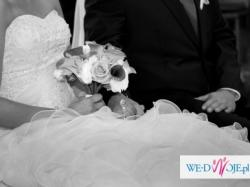 Suknia ślubna z kolekcji 2011 - model PASCALE