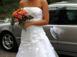 Suknia ślubna z kolekcji Cosmobella 7192