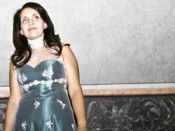 suknia ślubna z koronki, rozmiar 40