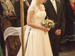 suknia ślubna z koronkowym bolerkiem (Sainson Blanche)