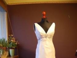 suknia ślubna z Madonny z kryształkami swarovskiego