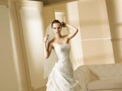 Suknia ślubna z najnowszej kolekcji LA SPOSA 2008