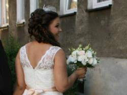 Suknia ślubna z pasem, KORONKA, r.44