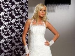 Suknia ślubna z salonu KARINA model ROMANCE